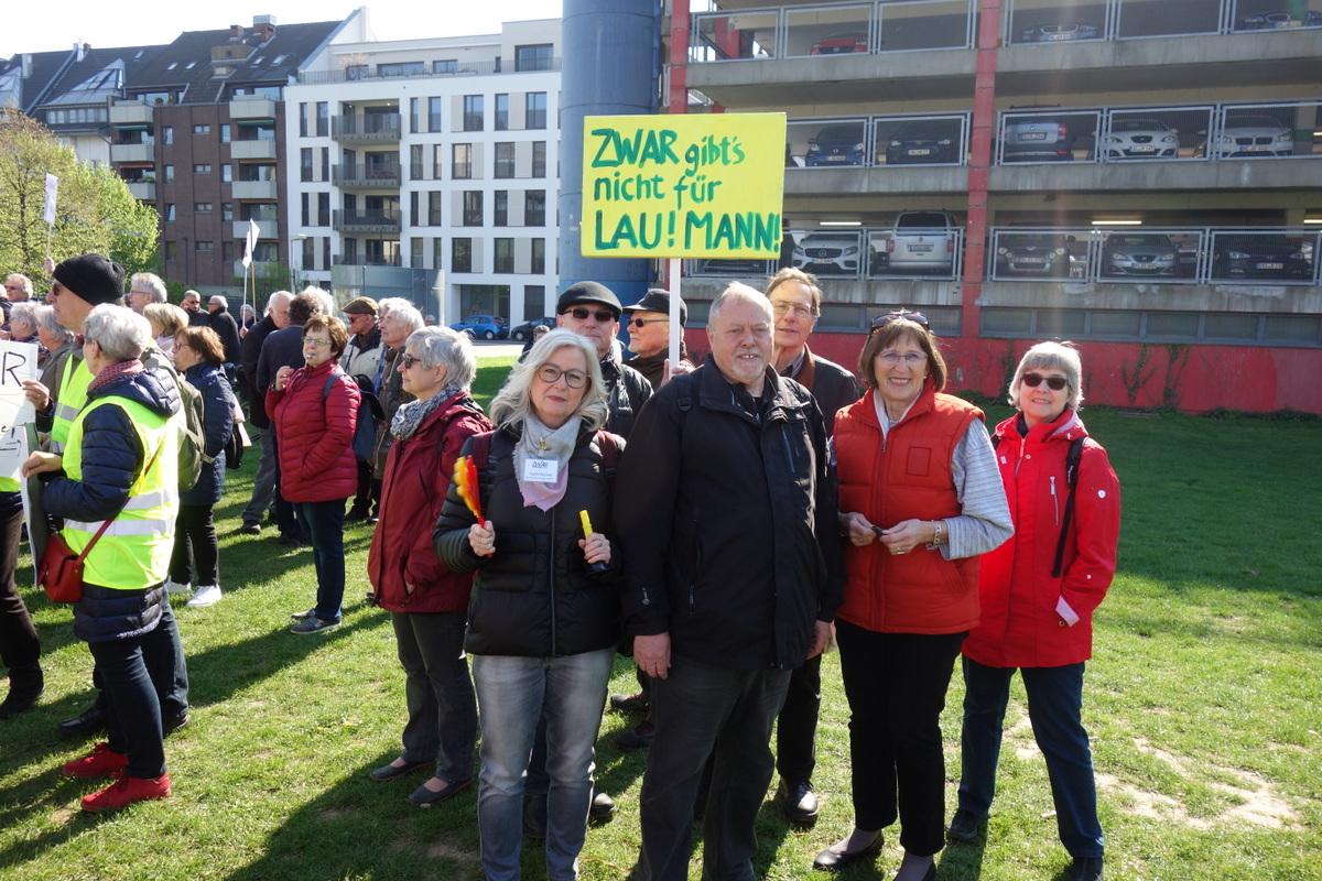 ZWAR Demo Düsseldorf