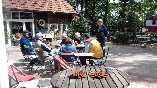 Im Kräutercafe in Bramhar
